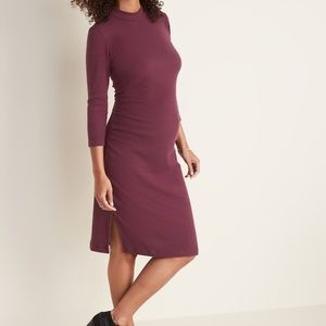 Old Navy Maternity Rib-Knit Bodycon Dress